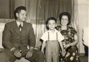 Frank Nolasco with his parents